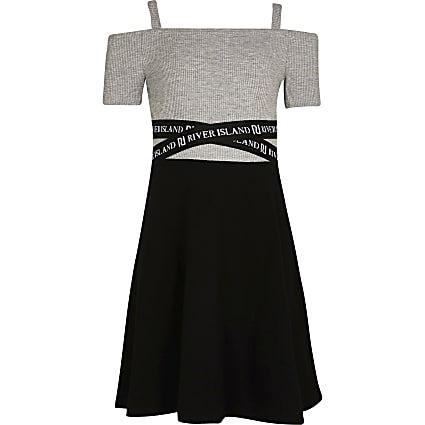 Age 13+ girls black RI skater dress