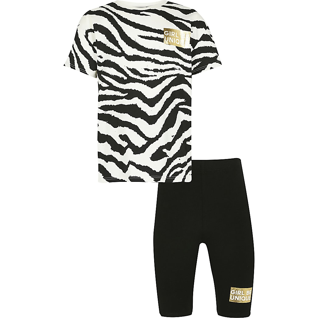 Age 13+ girls black zebra t-shirt outfit