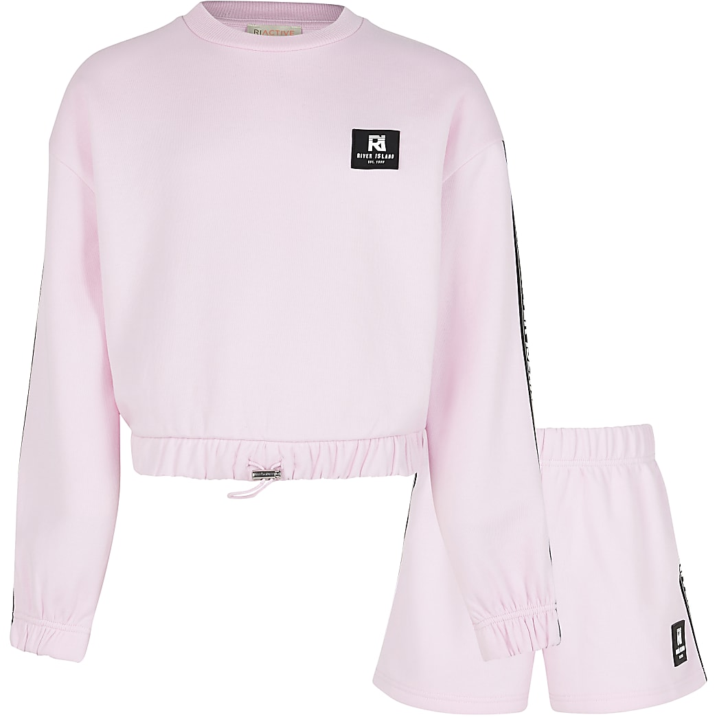 Age 13+ girls pink RI Active shorts outfit