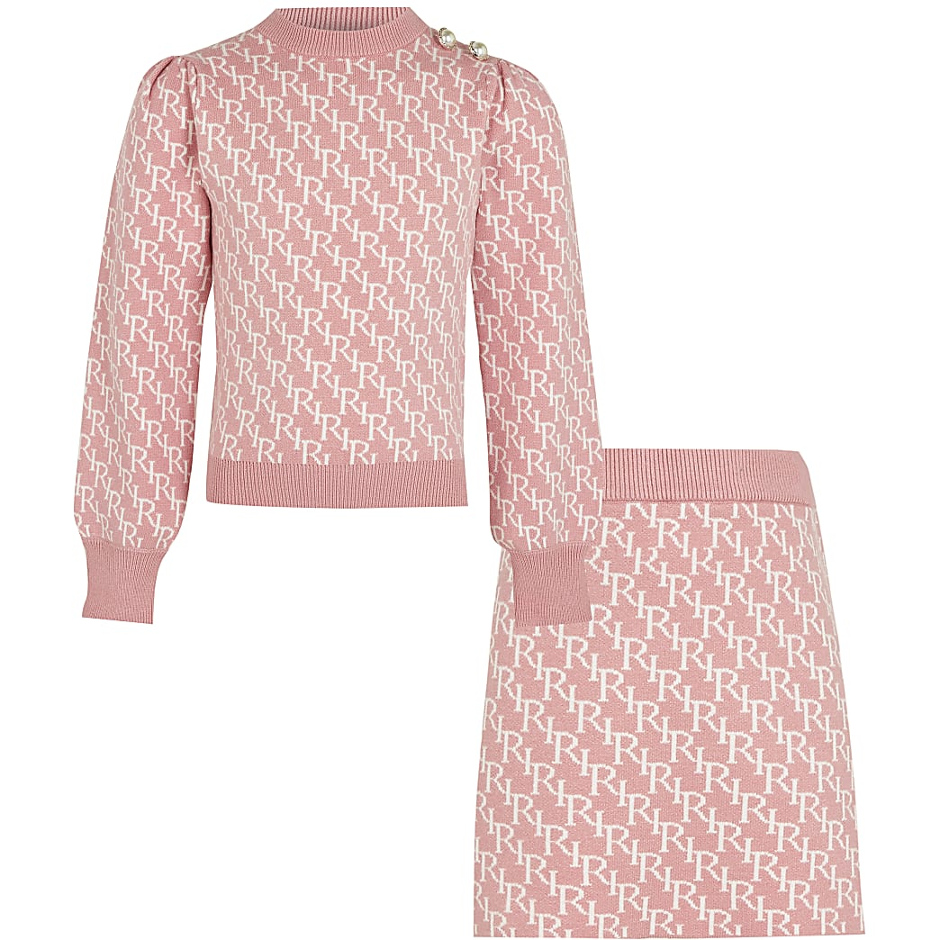 Age 13+ girls pink RI monogram skirt outfit
