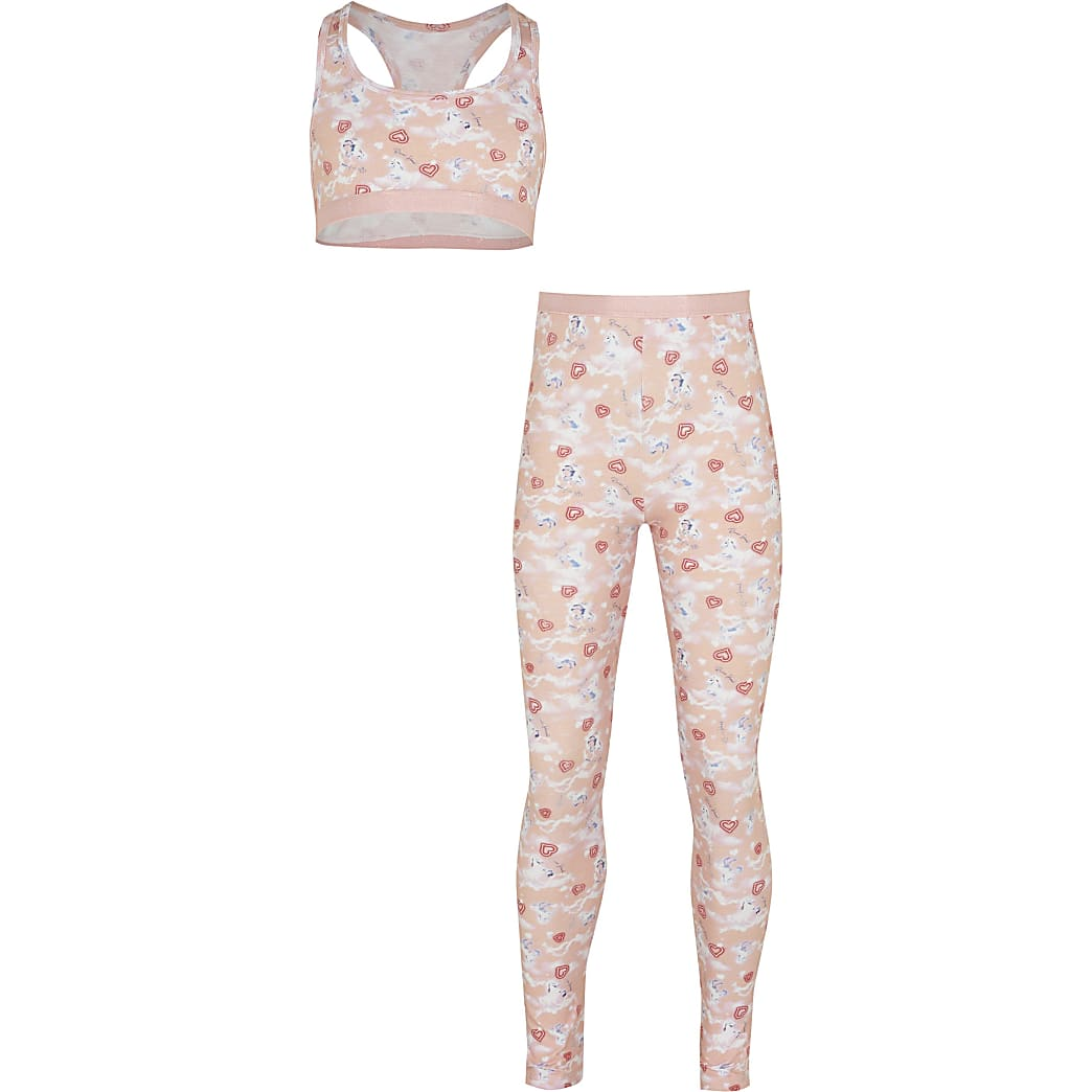 Age 13+ girls pink unicorn crop top outfit