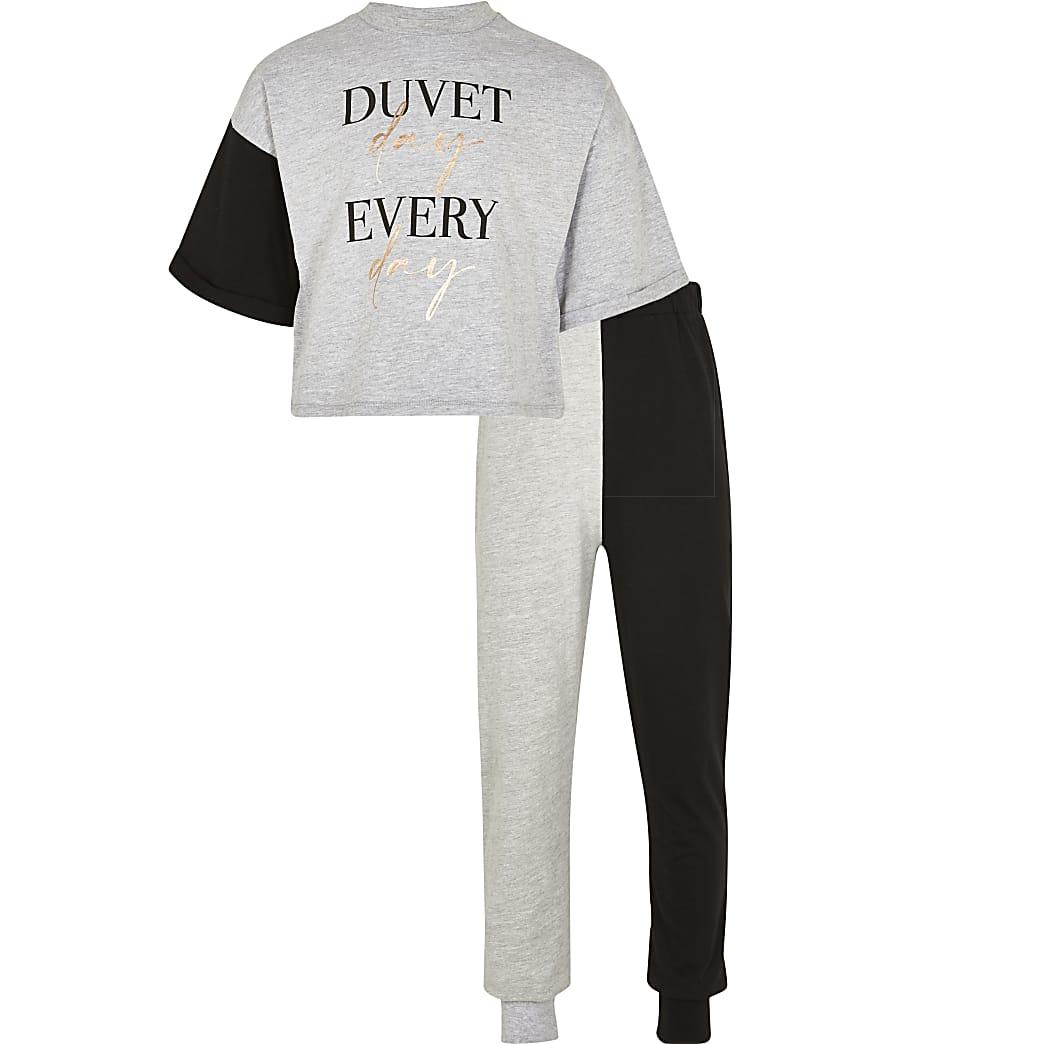 Age 13+ grey 'Duvet day' pyjama set