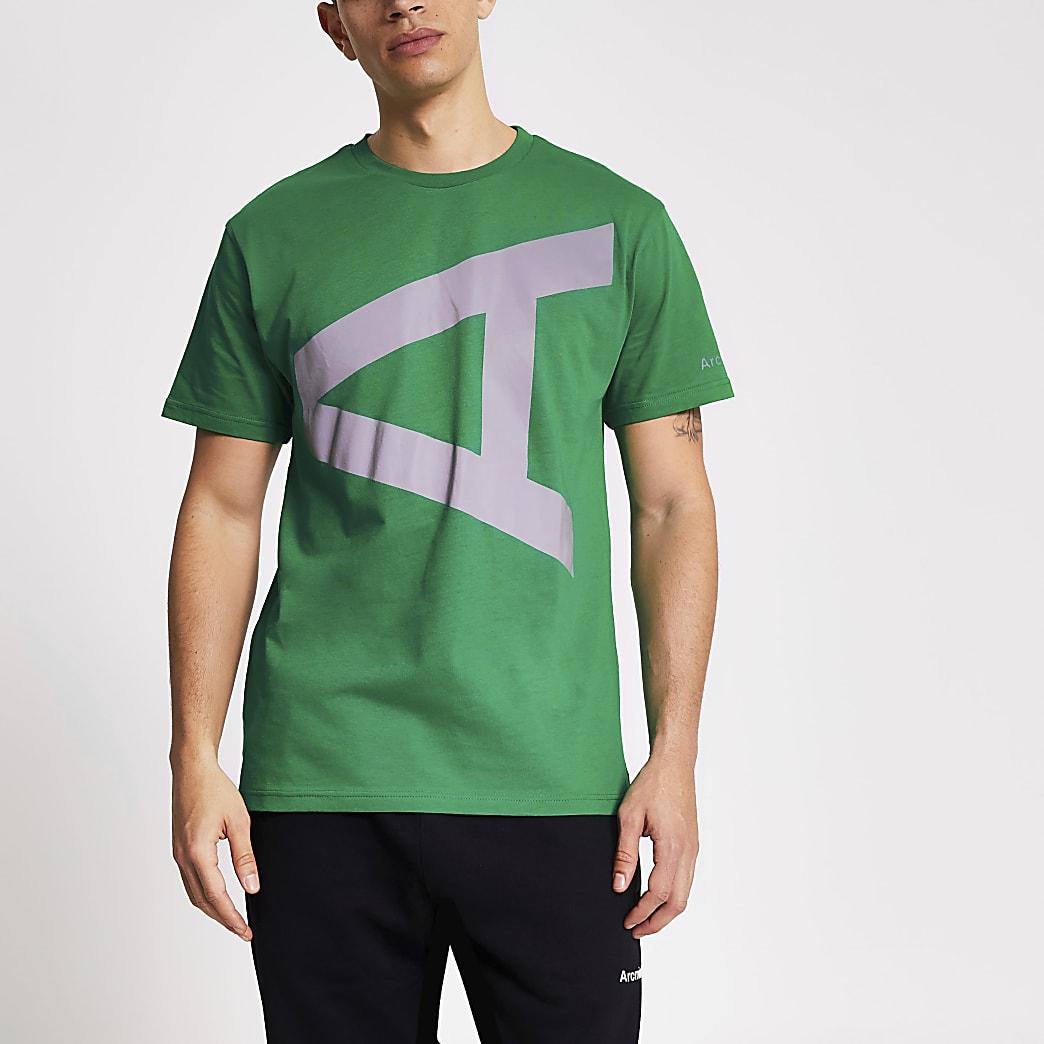 Groen T-shirt met boogminuut reflecterende A-print