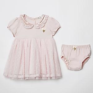 Angel's Face - Set met roze jurk en ondergoed voor baby's