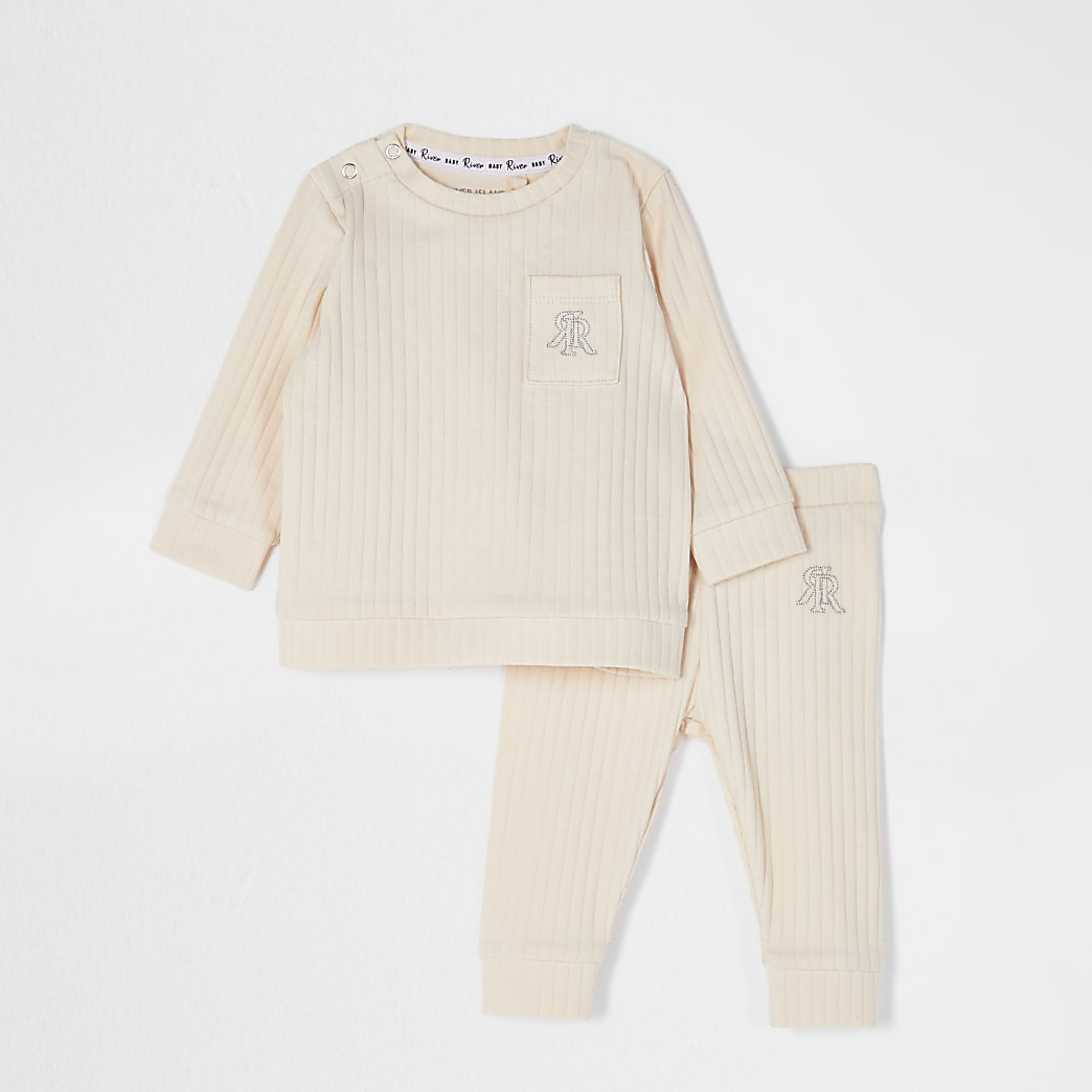 Baby beige ribbed legging outfit