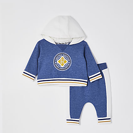 Baby blue colour block hoodie outfit