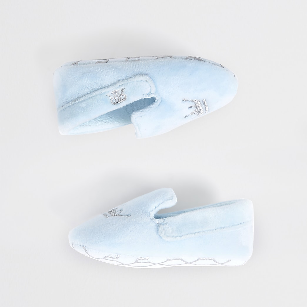 Baby blue crown slip on slipper