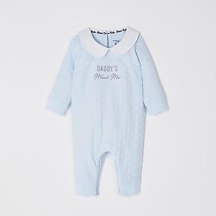Baby blue 'Daddy's mini me' baby grow