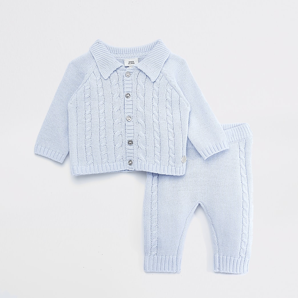 Baby blue knitted button cardigan outfit