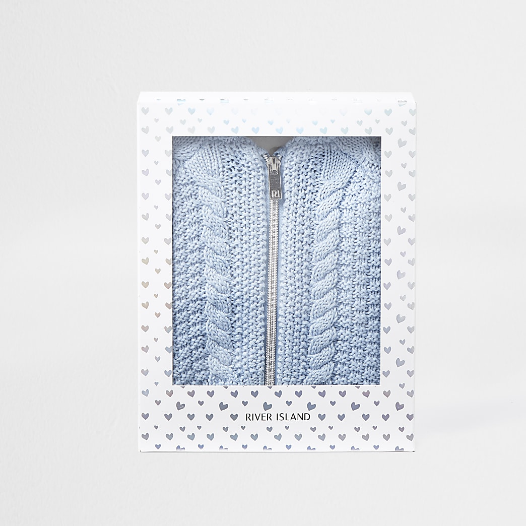 Baby blue knitwear set with gift box