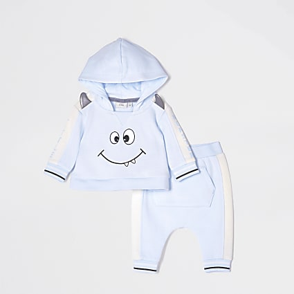 Baby blue monster hoodie outfit