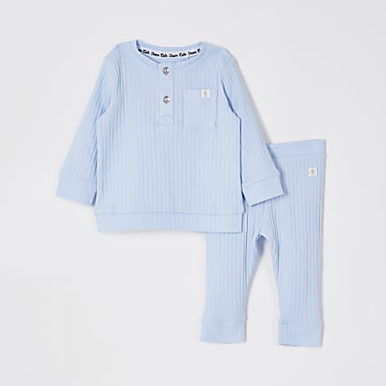Baby blue ribbed grandad leggings outfit