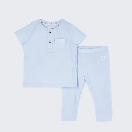Baby blue ribbed outfit