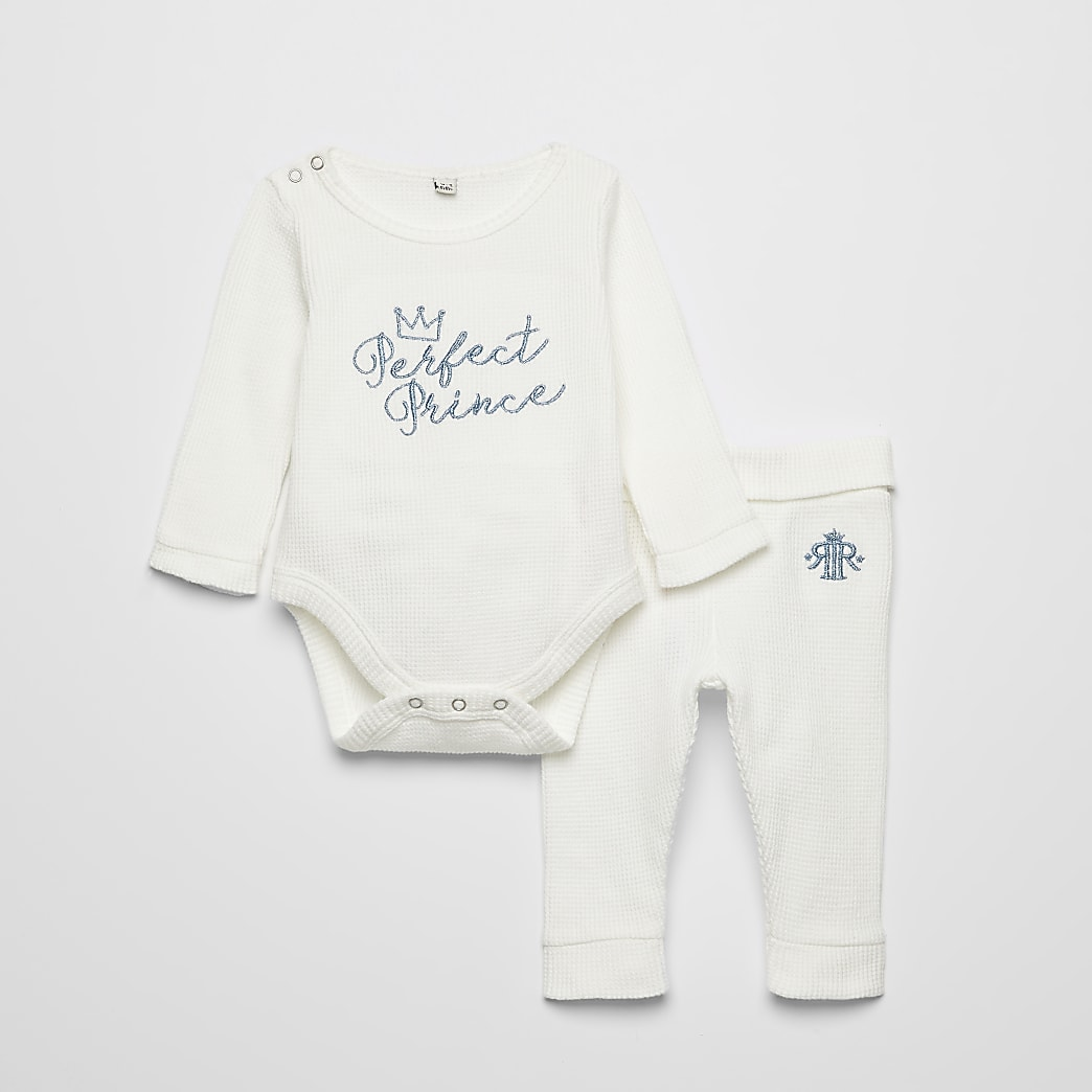 Baby cream 'Perfect Prince' bodysuit outfit