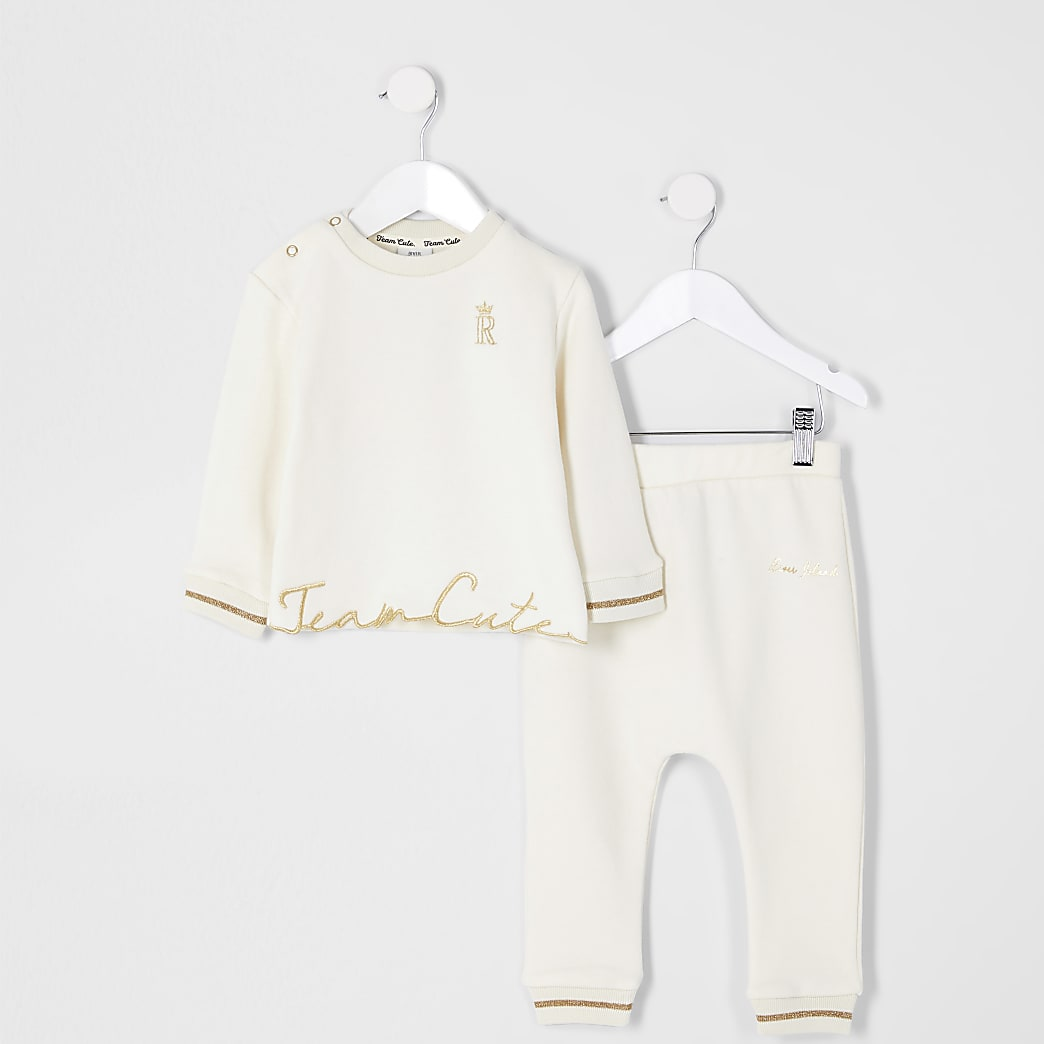 Baby cream 'Team Cute' sweat outfit