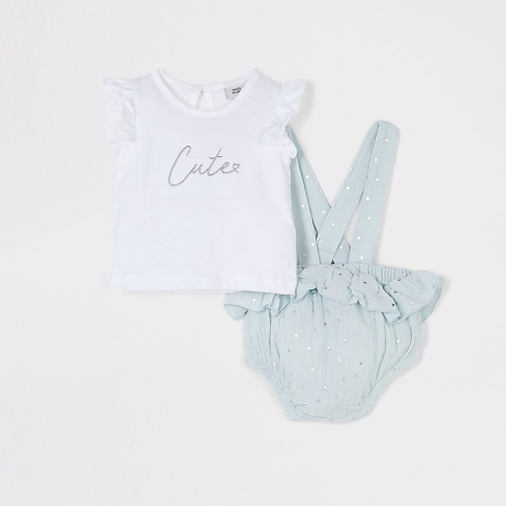Baby green t-shirt and romper outfit