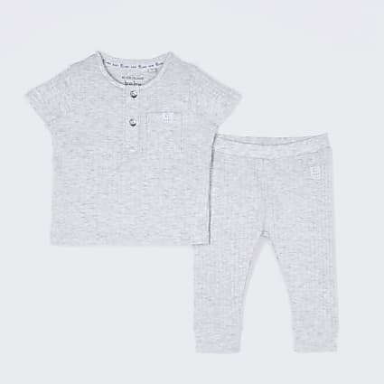 Baby grey ribbed legging outfit