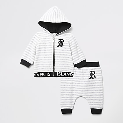 Baby grey stripe RI velour hoodie outfit