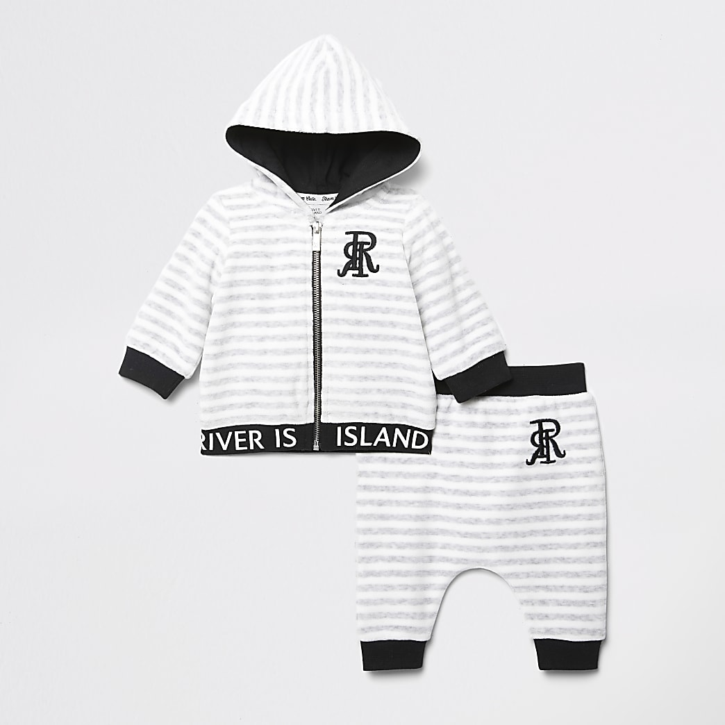 Baby grey stripe RI velour hoodie outfit
