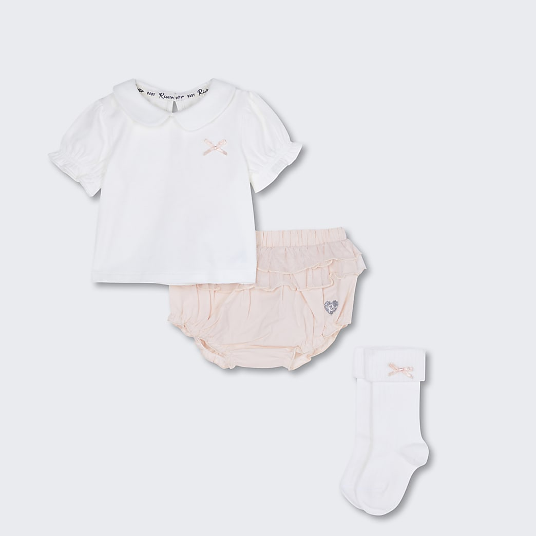 Baby pink collared bloomer outfit