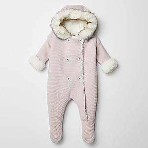 Roze gebreide alles-in-een met imitatiebont capuchon voor baby's