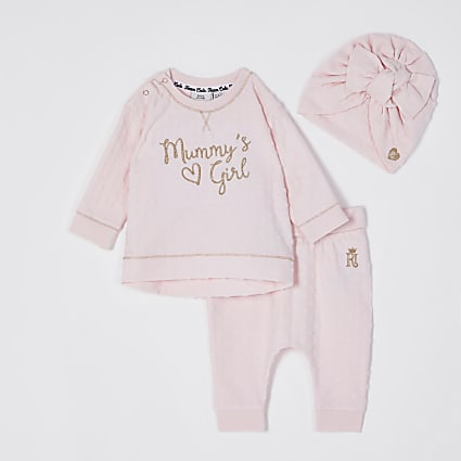 Baby pink 'Mummy's girl' outfit