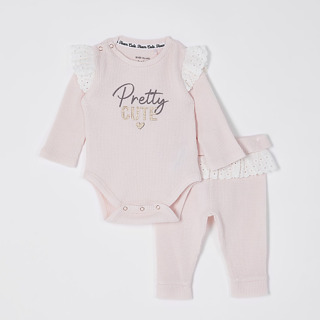 Baby pink 'Pretty cute waffle' outfit