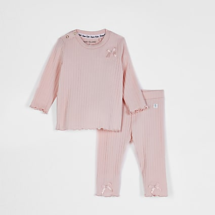 Baby pink ribbed bow legging outfit