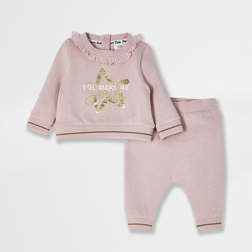 Baby pink 'You Make Me smile' outfit