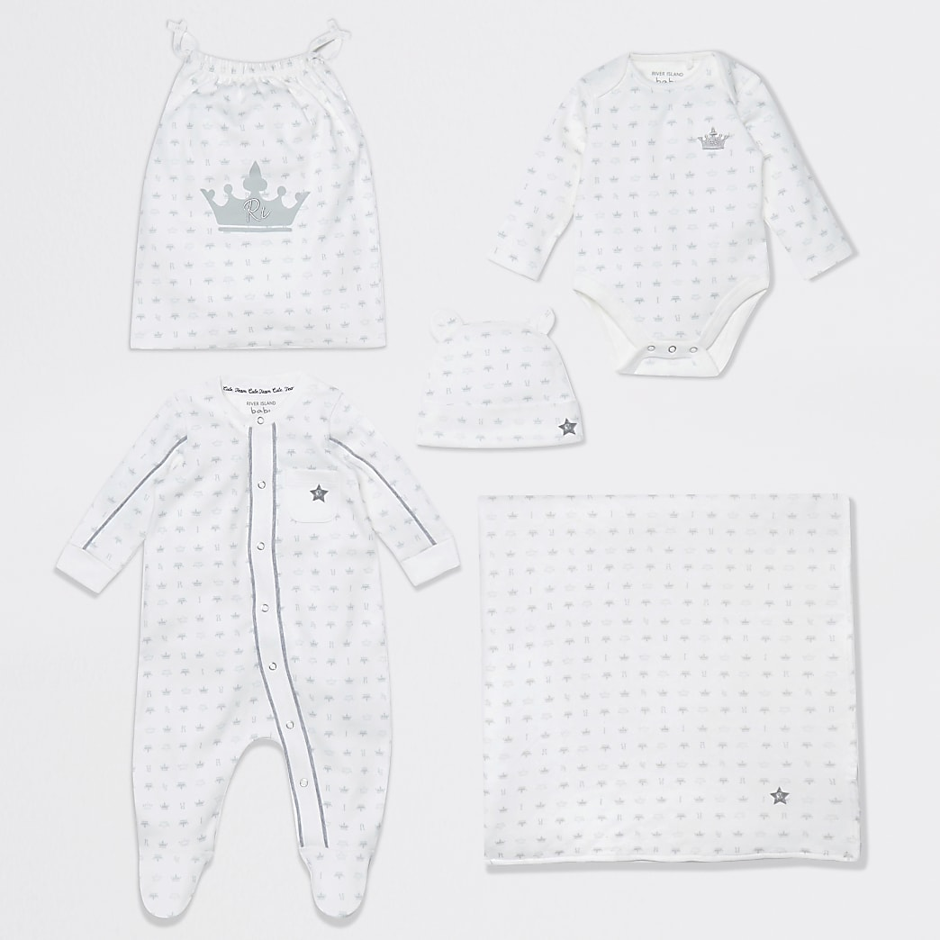 Baby white crown print gift set
