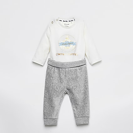 Baby white printed bodysuit legging outfit