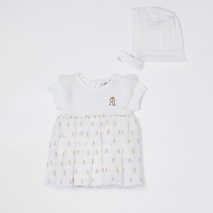 Baby white RI organza dress and bonnet