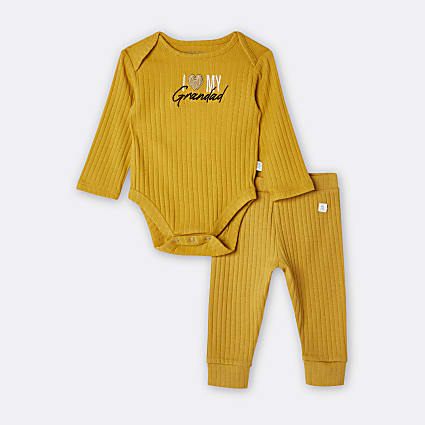 Baby yellow 'I Love Grandad' bodysuit set
