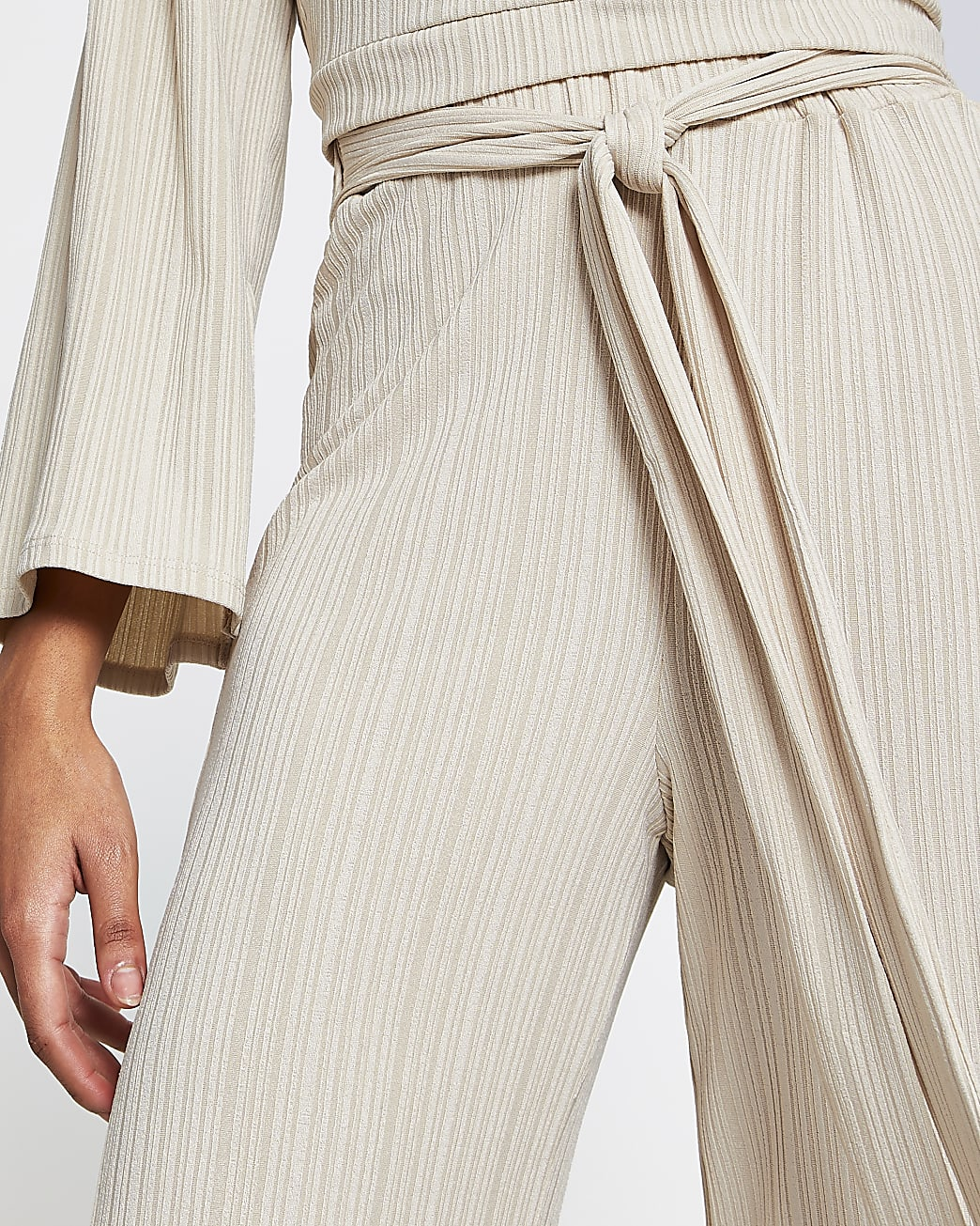 Beige belted ribbed culottes