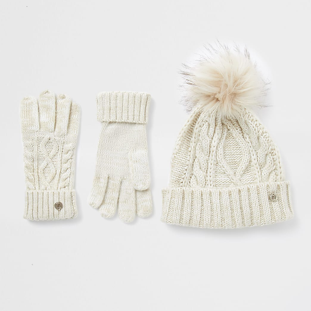 Beige cable knit hat and gloves gift set