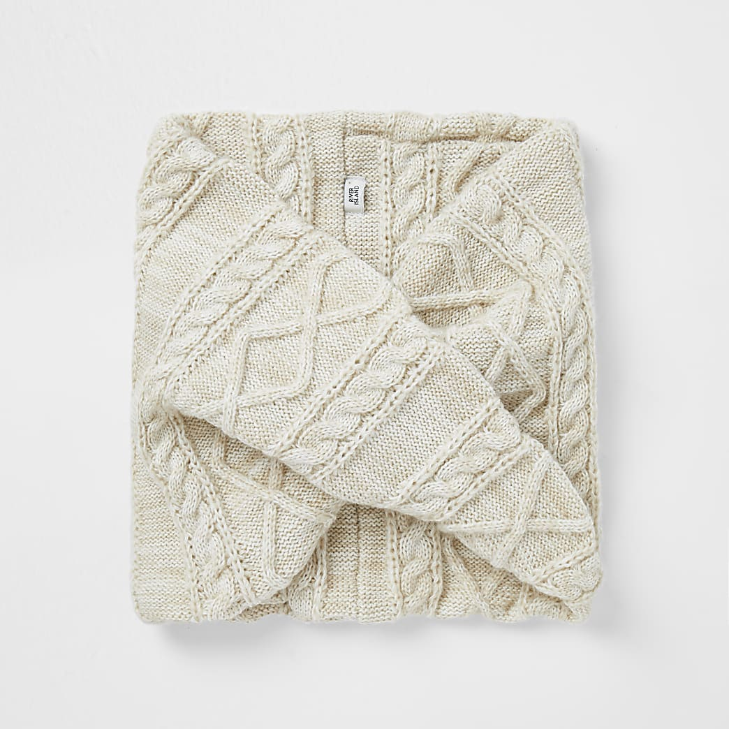 Beige cable knit snood