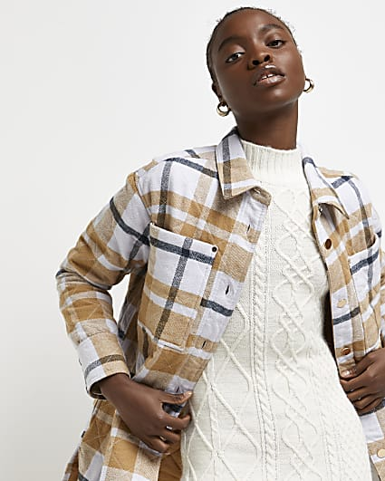Beige check quilted shacket