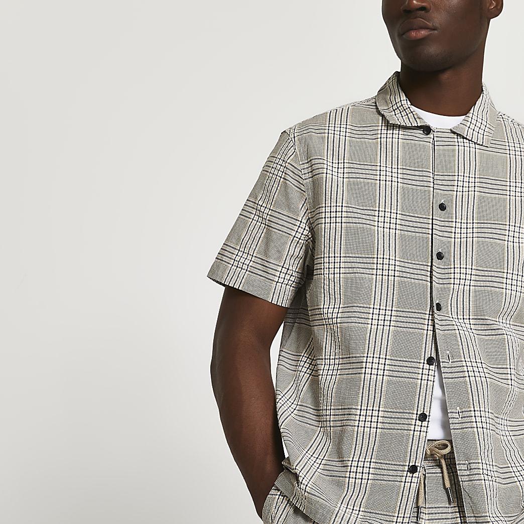 Beige check short sleeve shirt