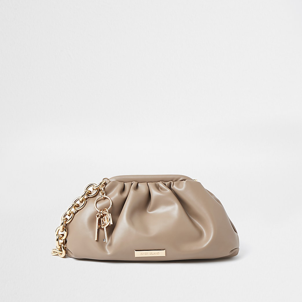 Beige chunky chain ruched bag
