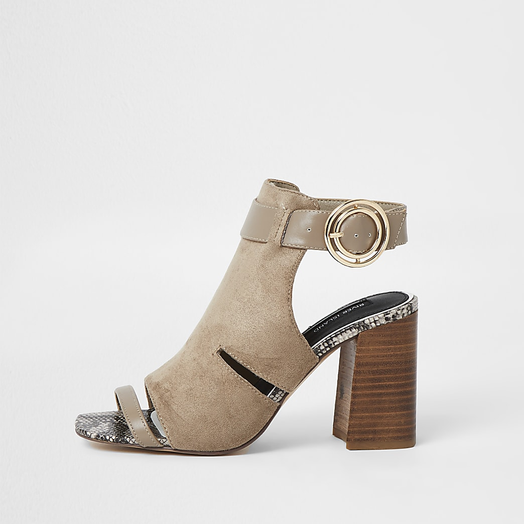 Beige cut out buckle shoe boots