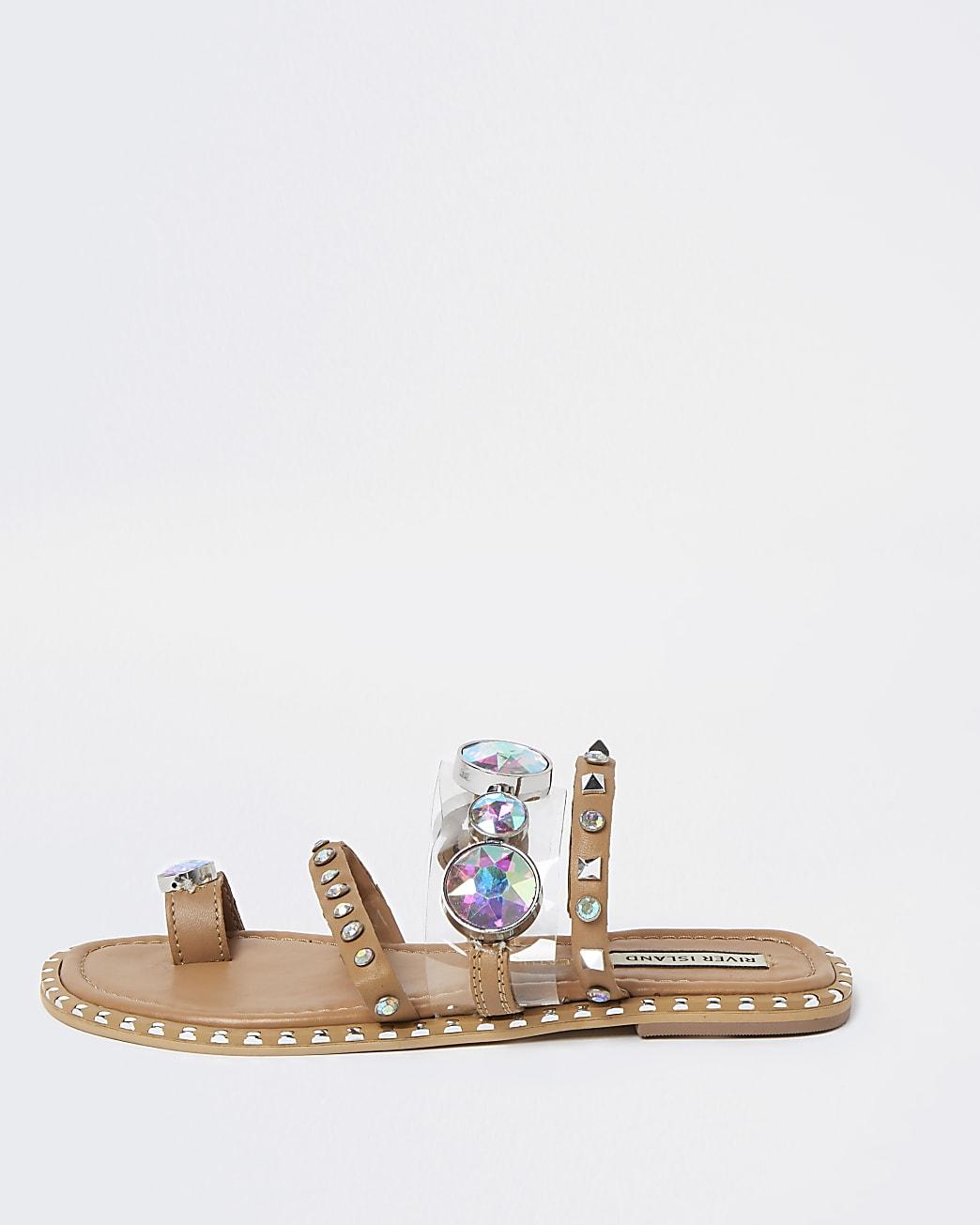 Beige flat toe loop sandals