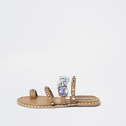 Beige flat toe loop sandals