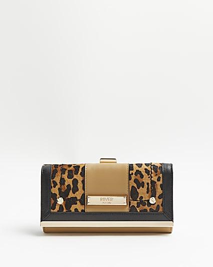 Beige leopard print leather purse