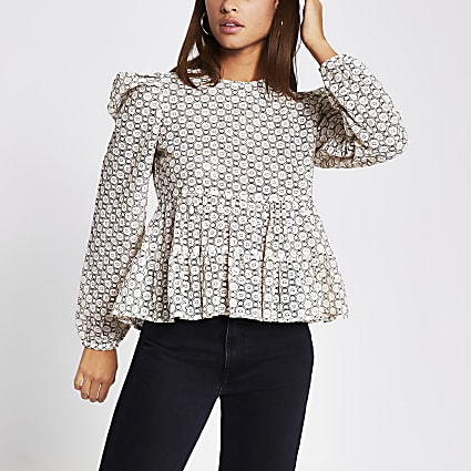 Beige peplum lace puff sleeve top