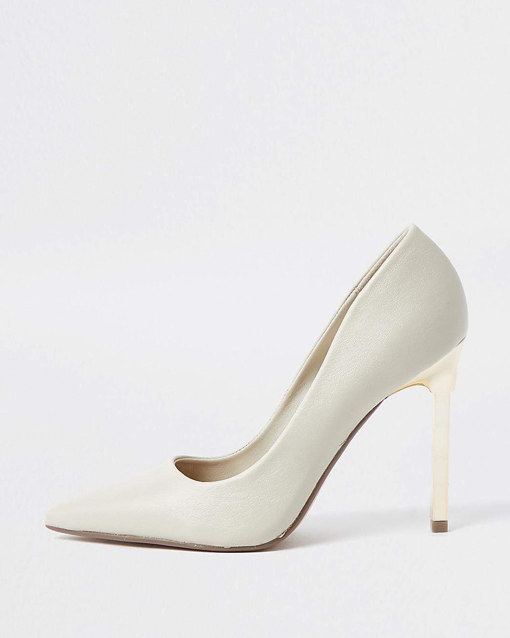 Beige pointed stiletto court heel
