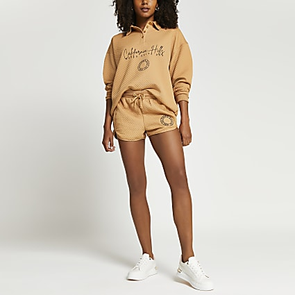 Beige quilted embroidered polo sweatshirt