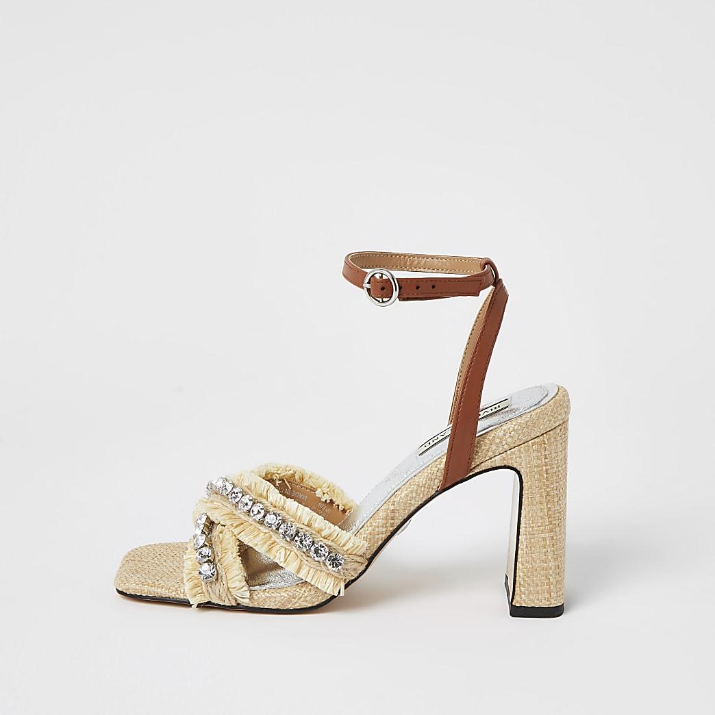 Beige Sandalen mit Bast, gekreuzten Riemchen, Absatz und Strasssteinchen