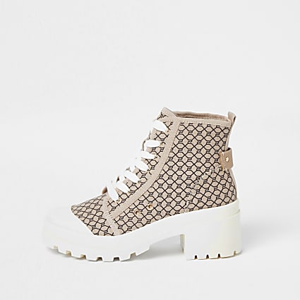 Beige RI monogram print chunky boots