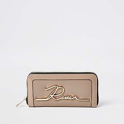 Beige RI zip around purse