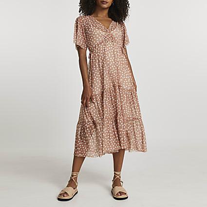 Beige short sleeve mesh v neck spot dress